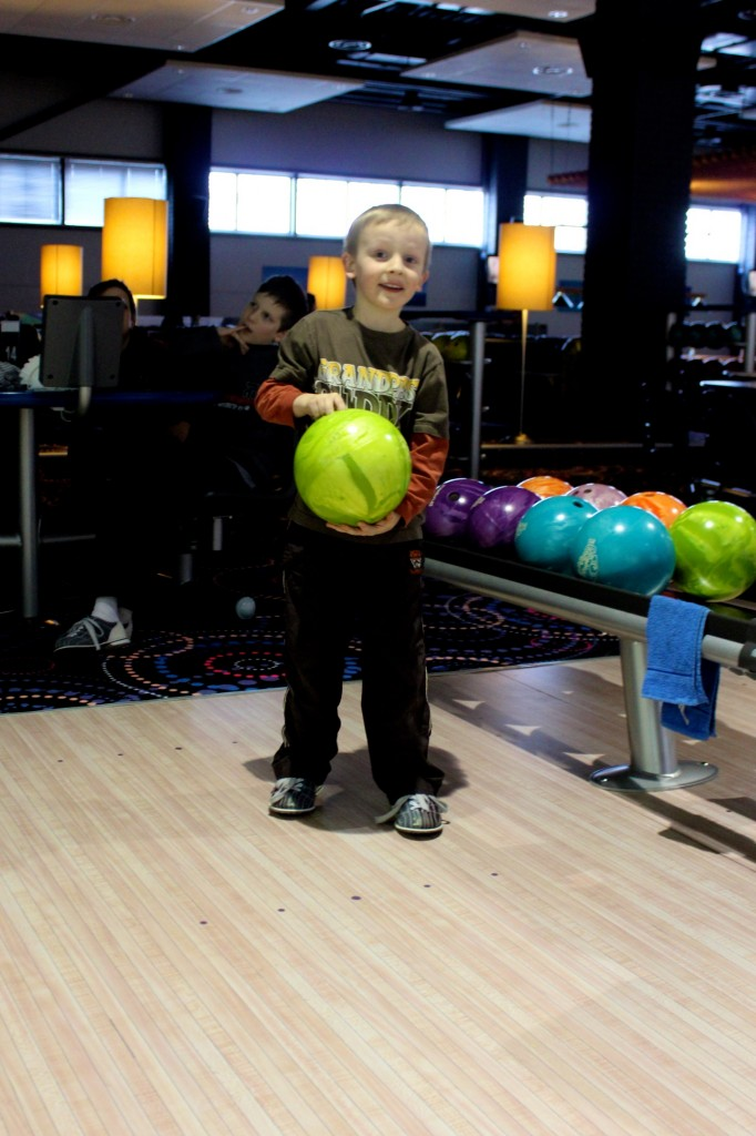 Noah 'gutter-ball' Cameron starts off strong and later derails.