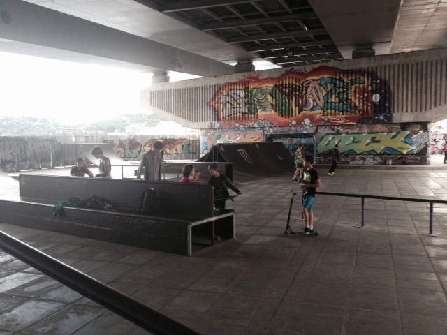 We found this skatepark in Kiev, under a bridge - the boys were in a dream - too bad it's 1.5hrs away, we need one in our town!